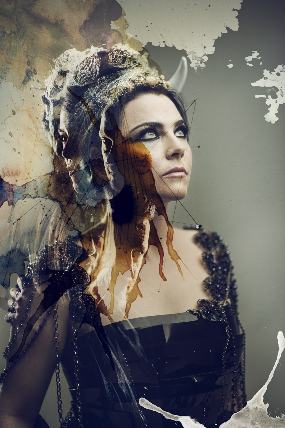 http://msopr.com/files/amy_lee-evanescence-credit-p.r.brown.jpg